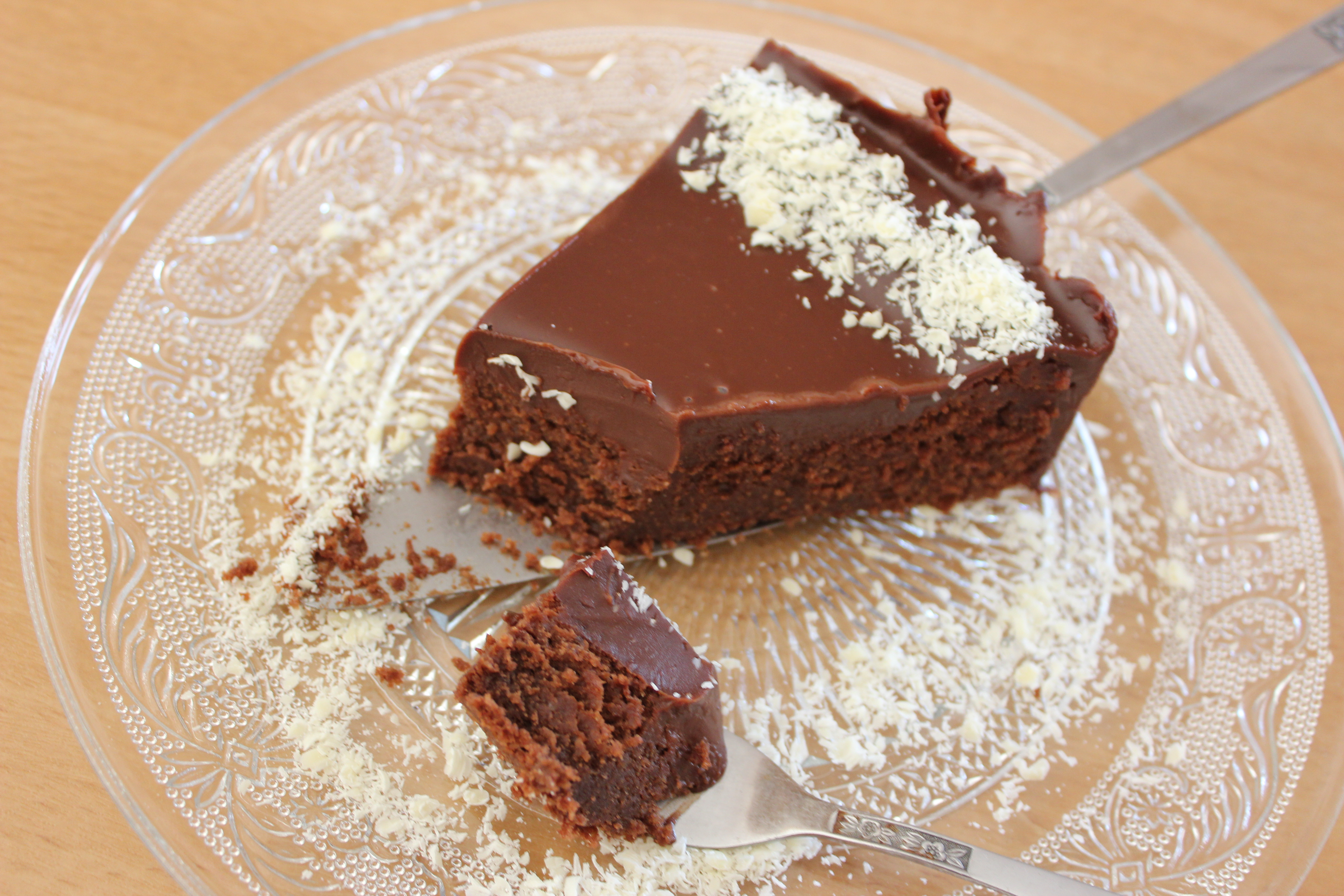 עוגת שוקולד טוויסט